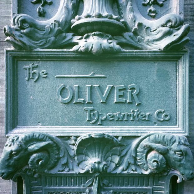 The Oliver Typewriter Co. ❤ Chicago